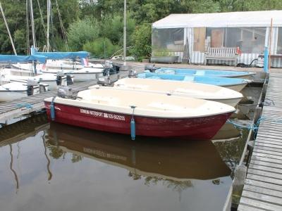 Goedkoop motorboot huren