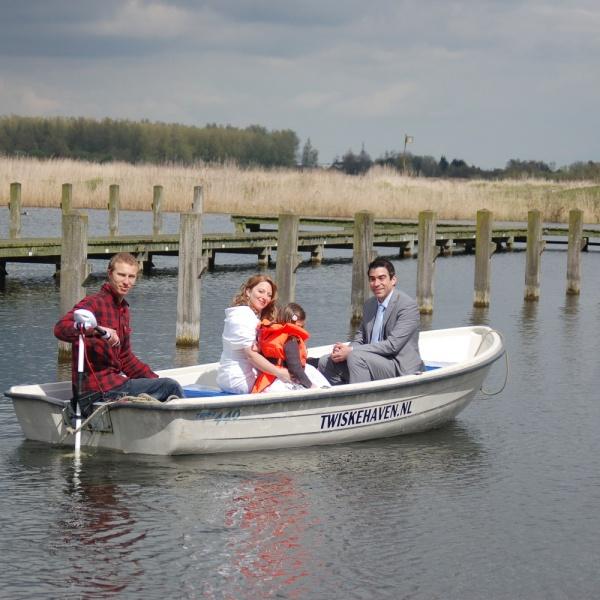 Fluisterboot huren Oostzaan