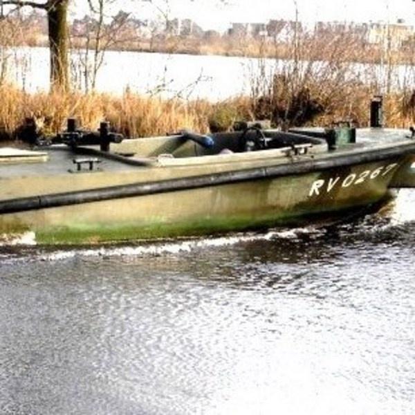 Legerboot huren Loosdrecht