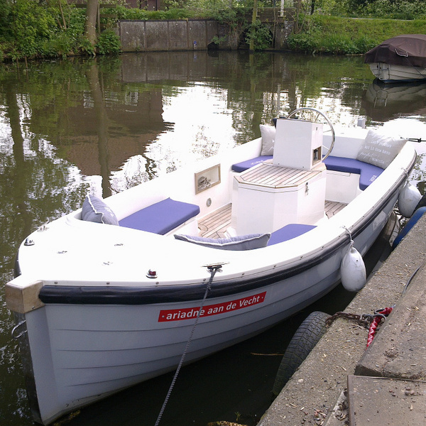Ariadne 580 huren Nieuwersluis