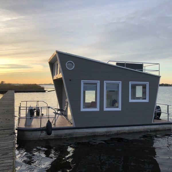 Tiny Houseboat huren Heeg
